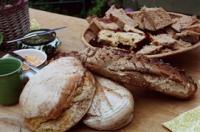 Brotbacken im Holzbackofen - Sauerteig von Anfang an